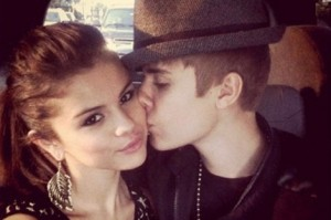 justin-bieber-and-selena-gomez-break-up-470x313