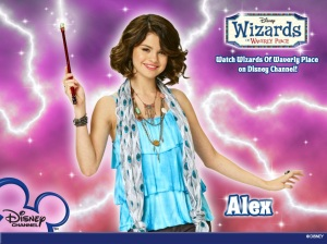 Selena-Gomez-on-Wizards-Of-Waverly-Place.