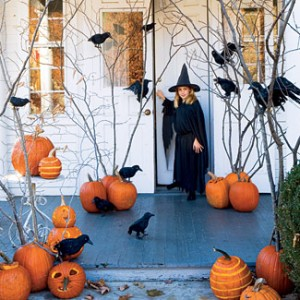 halloween-decorations-pumpkins-ravens-1007-fb