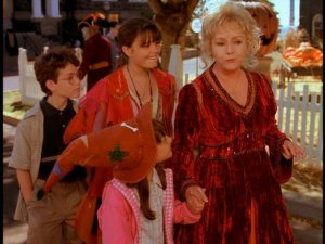 Halloweentown-halloweentown-2259572-640-480