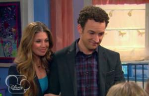 Ben-Savage-_-Danielle-Fishel-Girl-Meets-World-300x194