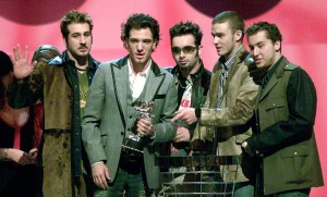 MUSIC GROUP NSYNC ACCEPTS THEIR AWARD FOR BEST DANCE VIDEO AT THE MTV VIDEO MUSIC AWARDS.