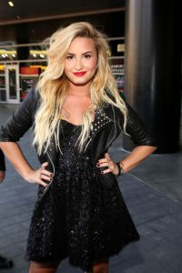Demi-Lovato-Platinum-Blonde-Hair