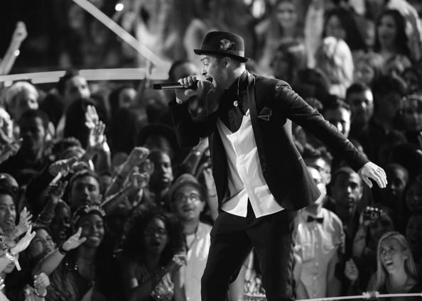 Justin+Timberlake+Alternative+View+MTV+Video+4oASXsfmHGol[1]