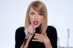taylor-swift-shake-it-off-video-2-2014-billboard-650[1]