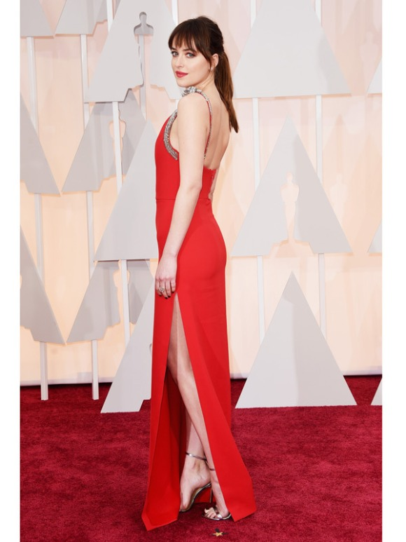dakota-johnson-oscars-2015-academy-awards-2[1]