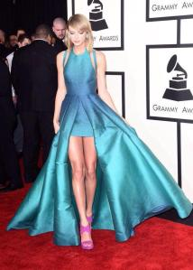 Taylor-2015-Grammys-taylor-swift-38119970-600-841[1]