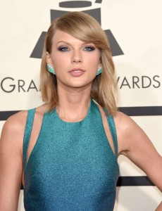 Taylor-Swift_-2015-GRAMMY-Awards--16-662x864[1]