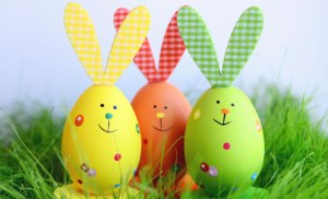 Easter-rabbit-eggs[1]