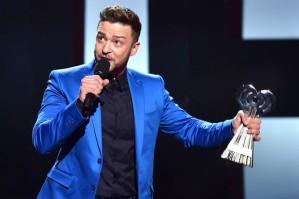 Justin-Timberlake-iheartradio-awards-2015[1]