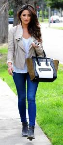 shay-mitchell-twiste-son-look-casual-avec[1]