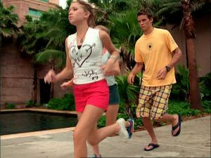 Austin Holiday Sun Yellow Jog[1]