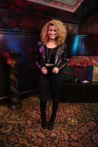 Tori+Kelly+MTV+Artist+Watch+Kickoff+Event+HPVs7xuvgxYl[1]