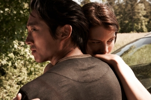 Glenn (Steven Yeun) and Maggie Greene (Lauren Cohan) - The Walking Dead - Season 4 _ Gallery - Photo Credit: Frank Ockenfels 3/AMC