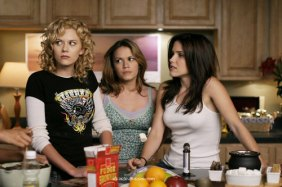 Brooke--Haley--Peyton-one-tree-hill-292381_500_333[1]