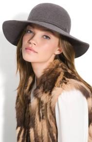Women-Hats-20110926-93[1]