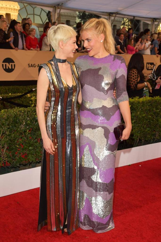michelle-williams-and-busy-phillips1