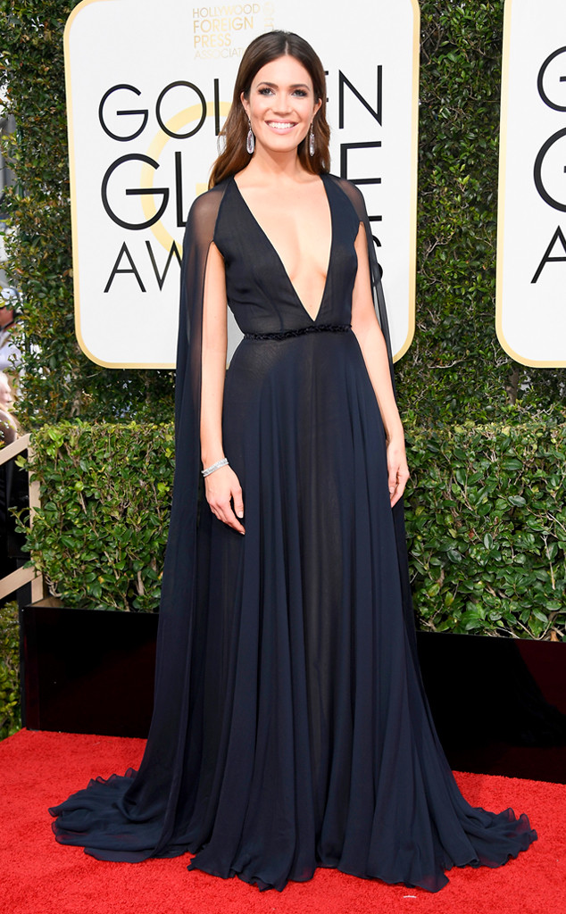 rs_634x1024-170108154215-634-2017-golden-globe-awards-mandy-moore1