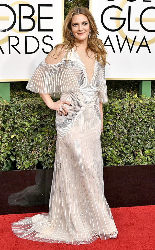 rs_634x1024-170108160236-634-drew-barrymore-golden-globe-awards1