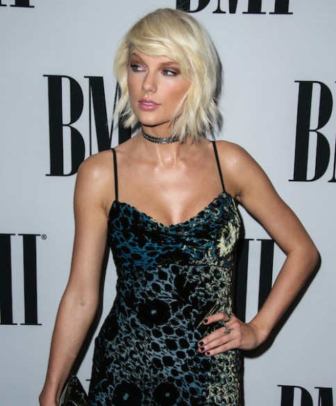 Taylor Swift arrives at the 64th Annual BMI Pop Awards