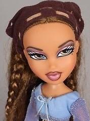 MGA-Bratz-Yasmin-First-Edition-Bratz-Doll-with[1] (2)