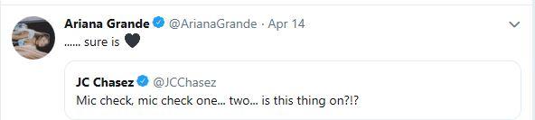 Ariana Tweet